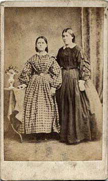 Carte de Visite from the 1860s (front)  -  Photographer: Gerorge Inglis  -  Two ladies