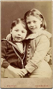 John Moffat  -  Carte de visite  -  1882-86  -  Girl and Boy