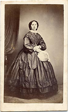 A carte de visite by the Edinburgh professional photographer John Ross  -  lady and handbag