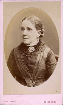 A carte de visiet by James Good Tunny  -  1875-1886  -   Lady with broche