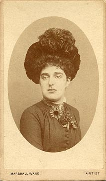 Carte de visite from the Edinburgh studio of Marshall Wane  -  Lady with Brooch