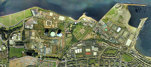 Edinburgh Waterfront and surrounding area  -  zoom-in  -  2001