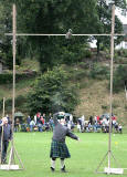 Scottish Highland Games  -  Pitlochry  -  10 September 2005  -   Throwing the Weight