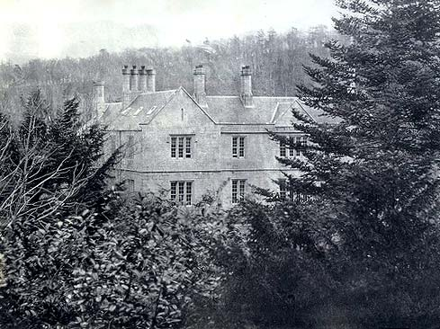 Photograph attributed to Horatio Ross  -  Which house might this be?