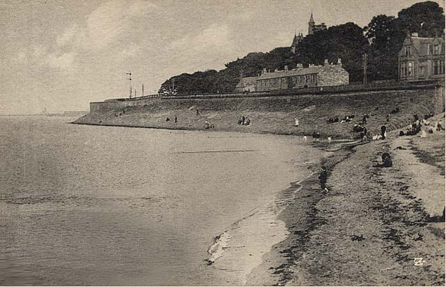 Postcard by W Smith, Goldenacre  -  Looking to Lower Granton Road from Granton Beach