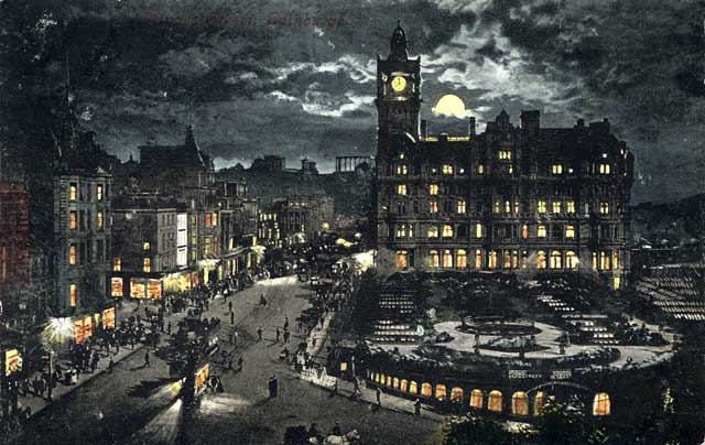 Postcard by Valentine  -   Princes Street and the North British Hotel  -  Moonlight series  -  Posted 1904