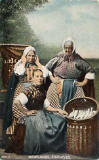 0_post_card_portraits_-_brown_newhaven_fishwives.jpg (17590 bytes)