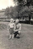 Alan Fentiman and his uncle Alex Hardie in Atholl Crescent Gardens, 1959/60