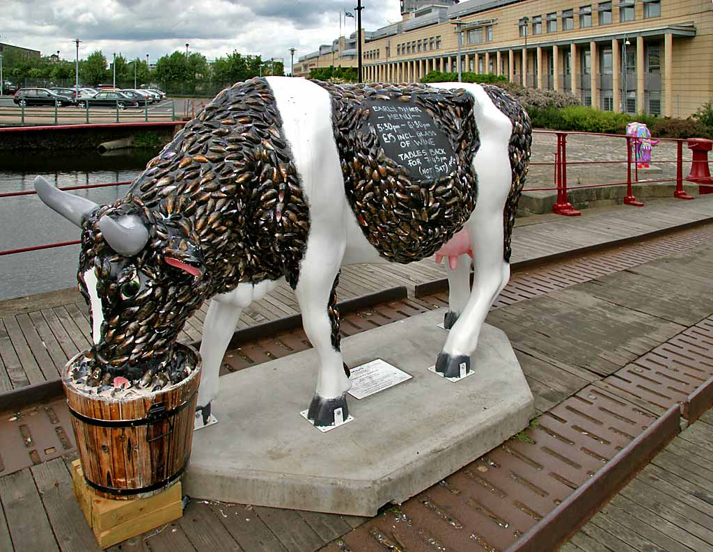 Edinburgh Cow Parade  -  2006  -  Leith Docks