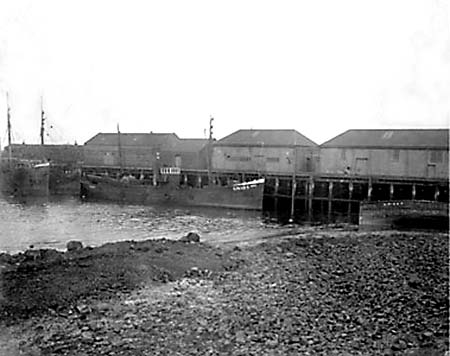 Looking from the shore of Granton Western Harbour towards Granton Middle Pier  -  c. 1938