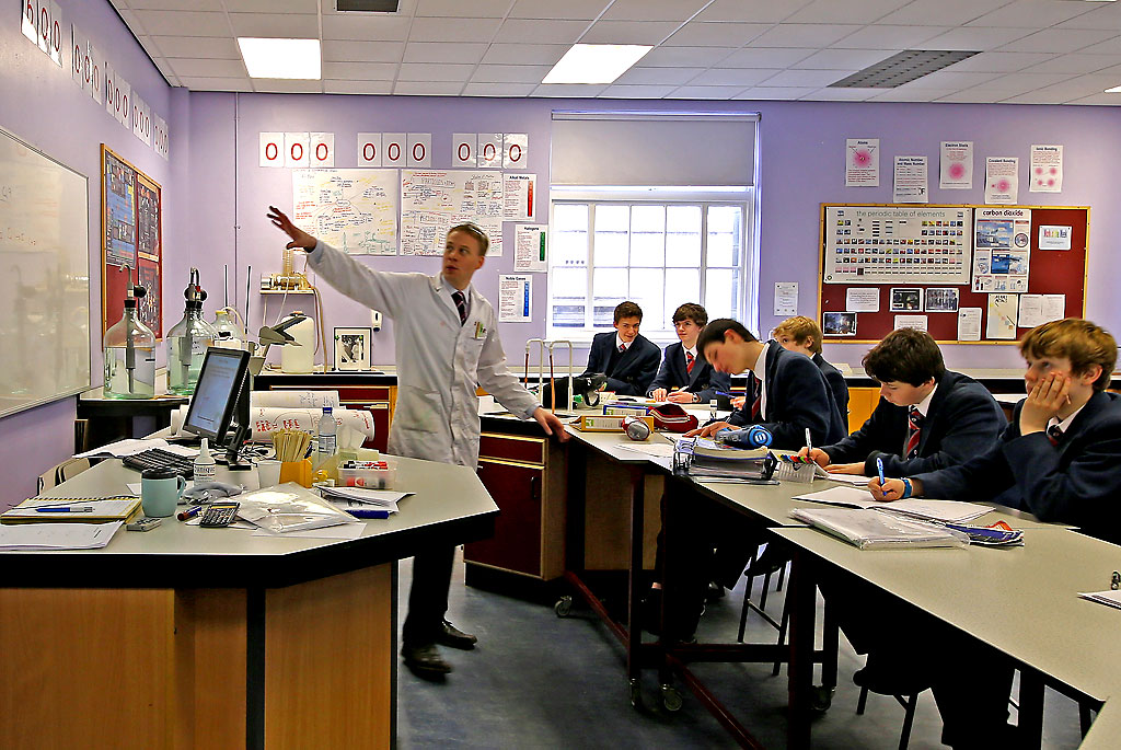 Merchiston Castle School  -  Chemistry Lesson -  February 2013