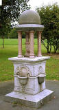 Drinking fountain in Victoria Park - 2010