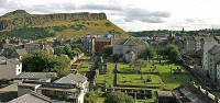 View across Waverley Valley from Regent Road to Salisbury Crags in Holyrood Park  -  August 2007