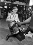 David Shaw's Shoe Shine Stand at Waverley Market shopping Mall, 1989