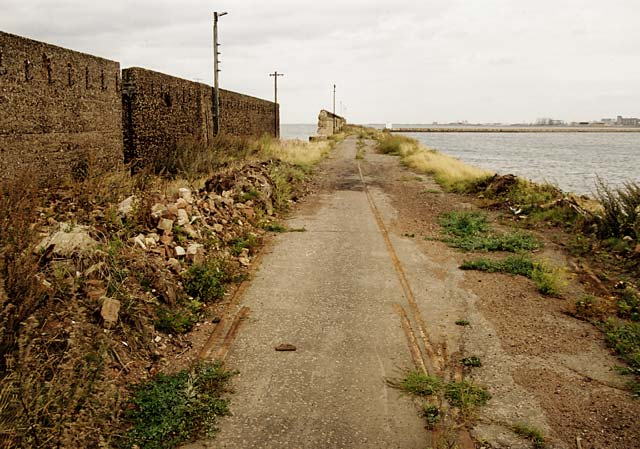 Looking along the old railway tract to the end of Western Breakwater, Granton Harbour  -  14 September 2003