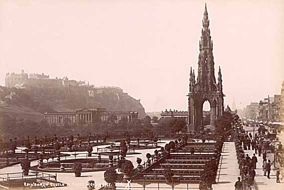 The Scott Monument in Princes Street  -  Photo by Alex A  Inglis