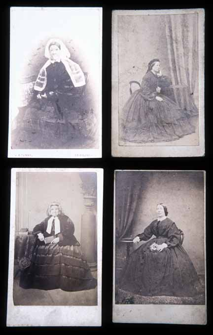 Cartes de Visite  -  4 ladies in large dresses  -  Photographers: Tunny, Towert, Moffat, Ross