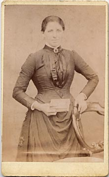 Carte de visite No 1  -  by John Gordon  -  front