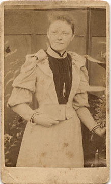 Carte de visite No 2  -  by John Gordon  -  front