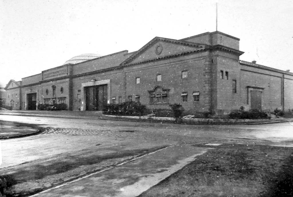 Annandale Street, Centarl Bus Depot  -  Photo possibly taken around the 1920s or 1930s
