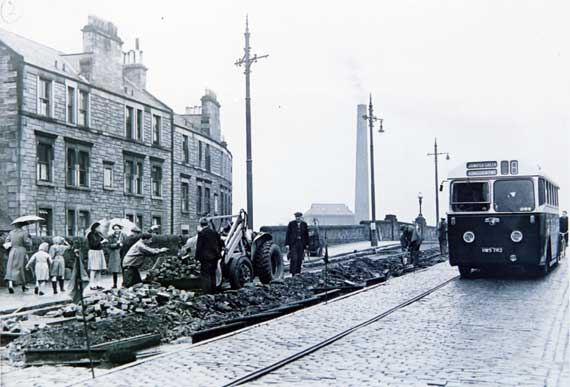 Roadworks  -  Removing the Tramway Tracks  -  Where and whwn?