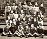 Castle Hill School -  class photo  -  1949-50