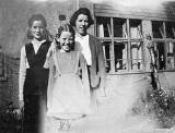 Valerie Turner with her sister and mother  in their garden at Colinton