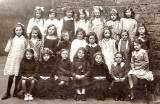 A class at Dr Bell's School, Great Junction Street, Leith  -  around 1920