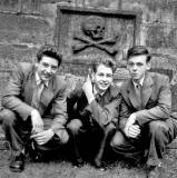Ian Hastie and friends at Greyfriars Graveyard, 1956