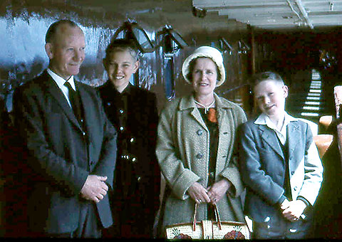 Thorsten Rasmussen and the Forsyth Family at Leith  -  1965