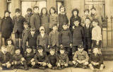 Postcard of a school class  -  probably somewhere around Newhaven in the early 1900s