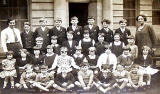 Which school is this?   One of the pupils subsequently attended Moray House Secondary School in the 1930s
