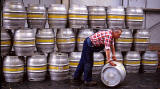Scotttish & Newcastle Brewery, Fopuntainbridge  -  Moving the Kegs  -  Sep 1992