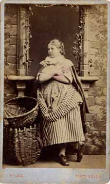 Carte de Visite  -  Newhaven Fishwife  -  William Kyles