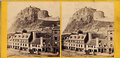 Stereo view from Lennie  -  Edinburgh Castle from the Grassmarket