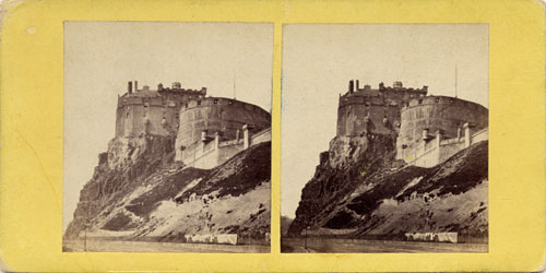 McGlashon's Stereo Views  -  Looking to the east towards Edinburgh Castle from Johnston Terrace