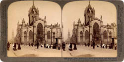 Stereo View of St Giles Cathedral in the Royal Mile  -  Underwood & Underwood