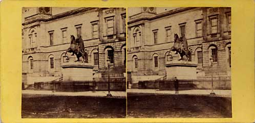 An early pair of Stereo photos by an unidentified photographer  -  Register House