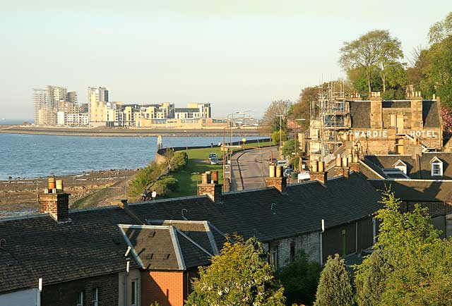 Lower Granton Road  -  View towards Leith Western Harbour