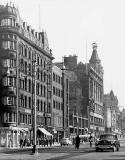 Princes Street Lamp Posts in late-1950s  -  Old Waverley Hotel and shops