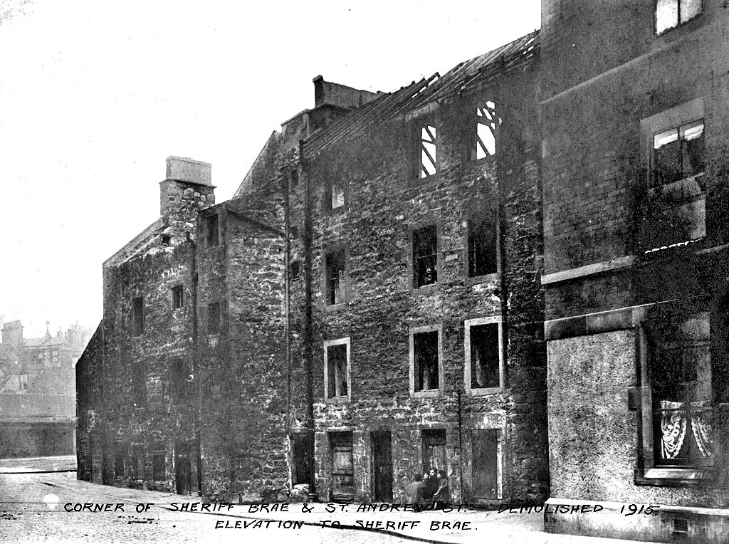The corner of Sheriff Brae and St Andrew Street at Coalhill, Leith  -  Demolished 1915